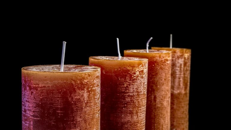 Candle Making 101: Learn About Candle Wax, Wicks, Scents and Dyes